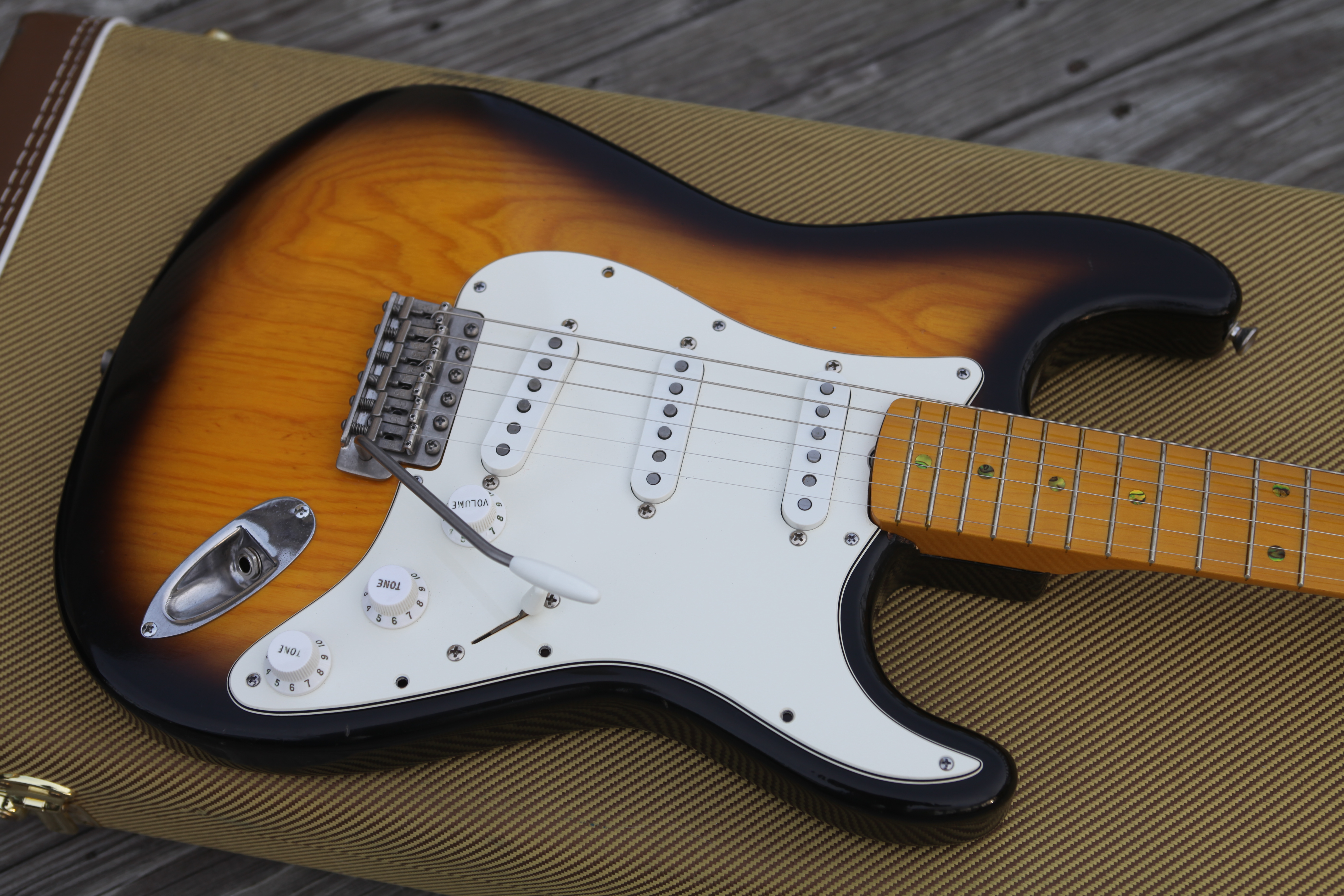 FS: 1994 Fender Stratocaster AVRI \'57 RI body sunburst, Ant1 for P ...